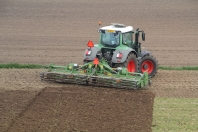 Fendt 824 met Celli frees