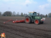 Fendt 509 met Accord bieten zaaimachine